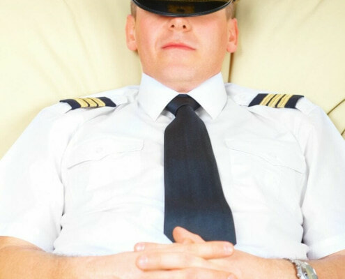Do pilots sleep in flight?