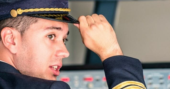 How to improve your chances of getting a job as an airline pilot