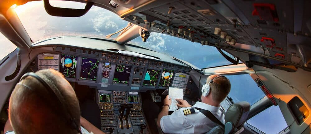 The differences in integrated and modualr flight training explained