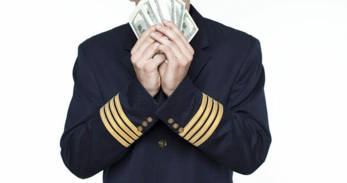 A look at the yearly salary of a commercial airline pilot